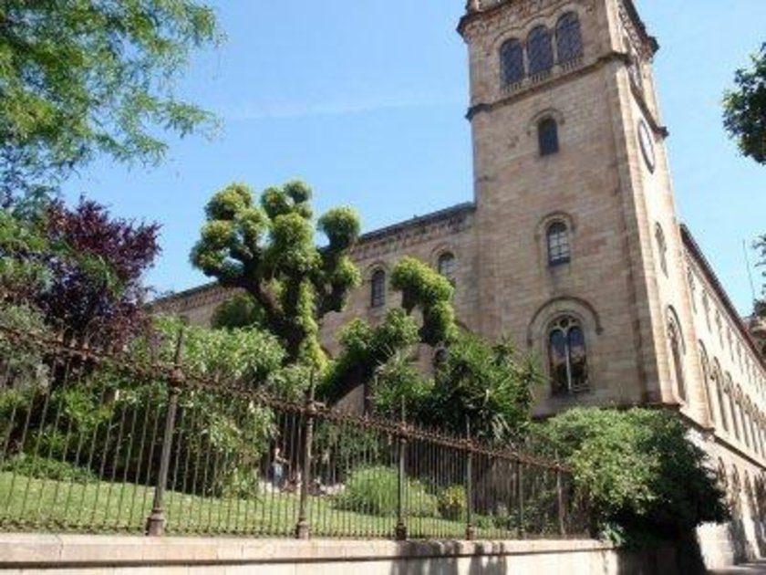 İspanya\n<br>\nBarcelona Üniversitesi\n<br>\nDünya sıralaması 120
