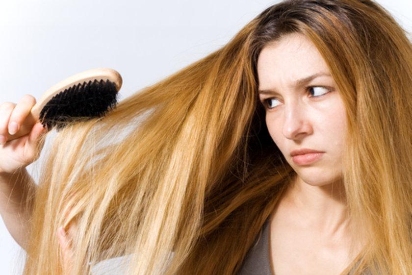 B8 vitaminiyse saç dökülmelerinde koruyucu bir rol oynuyor.