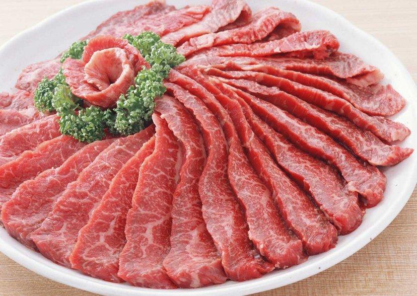 Sağlıklı beslenmesi gereken annelerin de haftada 3-4 defa kırmızı et yemesi gerekiyor.