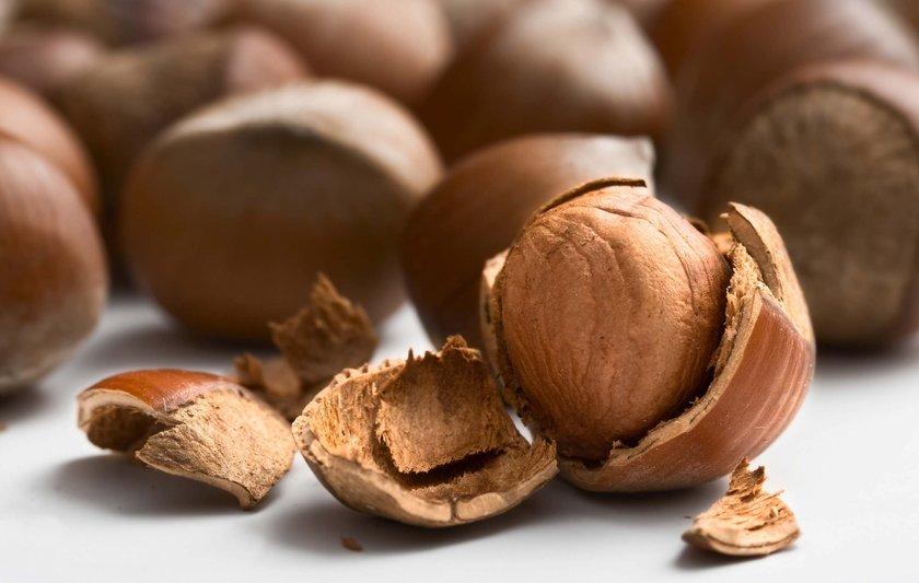 4. Yağlı Tohumlar:\nFındık, ceviz, badem gibi yağlı tohumlar zengin yağ asidi, vitamin ve mineral bileşimi ile ön plana çıkıyor.