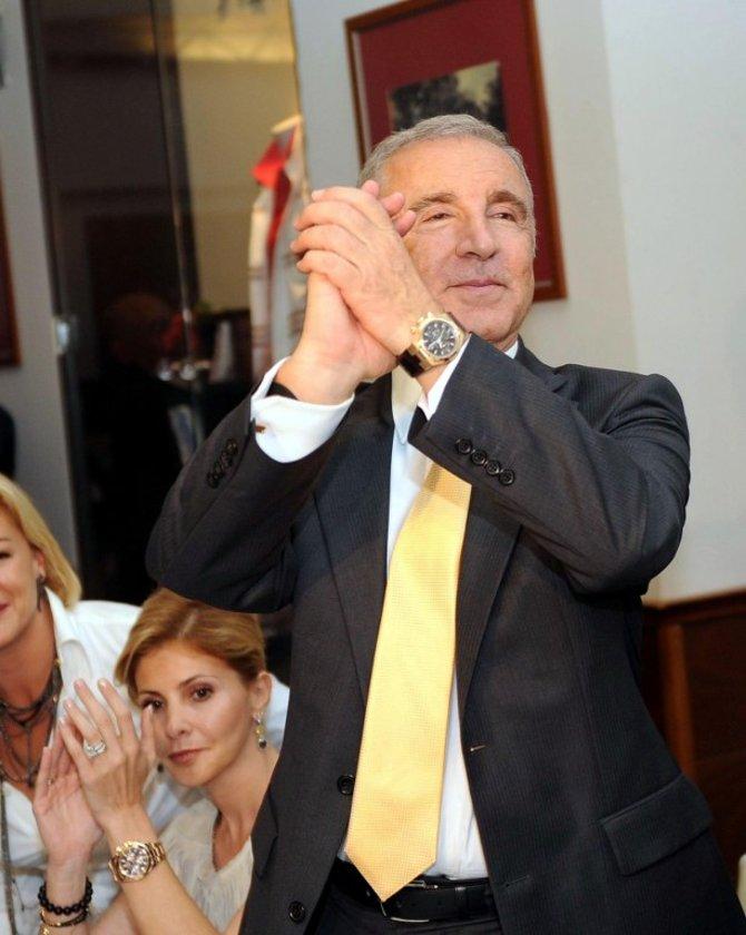 Sarı kırmızılılarda Ünal Aysal Dönemi 14 Mayıs 2011'de düzenlenen Olağanüstü Genel Kurul'la başladı. \n