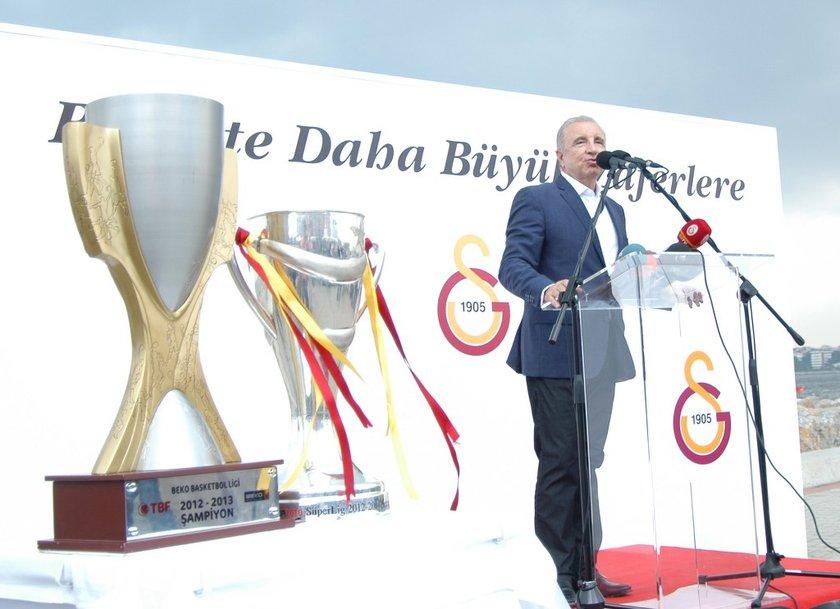 25 Mayıs'ta başkan Ünal Aysal'ın istifasını açıklamasının ardından sarı kırmızılılarda seçime gidildi.