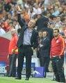 2013-2014 sezonuna yeni yönetimle girilmesinin ardından bu kez futbol takımında sıkıntılar baş gösterdi. \n