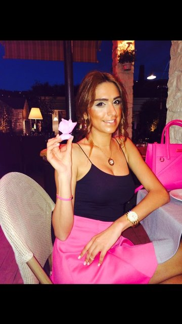 Tuğce Ergişi'nin Instagram pozları