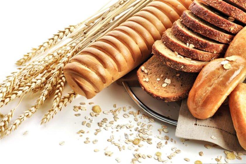 Yulaf ezmesi ile yulaf ekmeği aynı zamanda kan şekerini düzenleyerek tokluk hissinin uzamasına da yardımcı oluyor. \n
