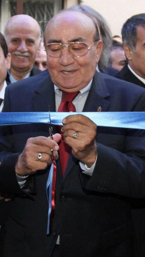 İsmi, özellikle genç kuşakta fazla bilinmiyor olabilir, ama o Trabzonspor'un 6 şampiyonluğunun 4'ünde imzası olan, Türk futbol tarihinin ilk Anadolu devriminin mimarı ve en başarılı 4. başkanı