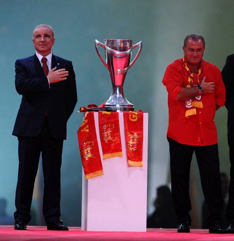 ÜNAL AYSAL: 2 şampiyonluk