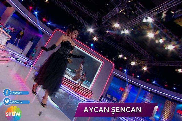 2. Eleme Gecesinde Aycan Nurcan Şencan İkonlardan Amy Winehouse'u canlandırarak Jüri'den 24 puan aldı.