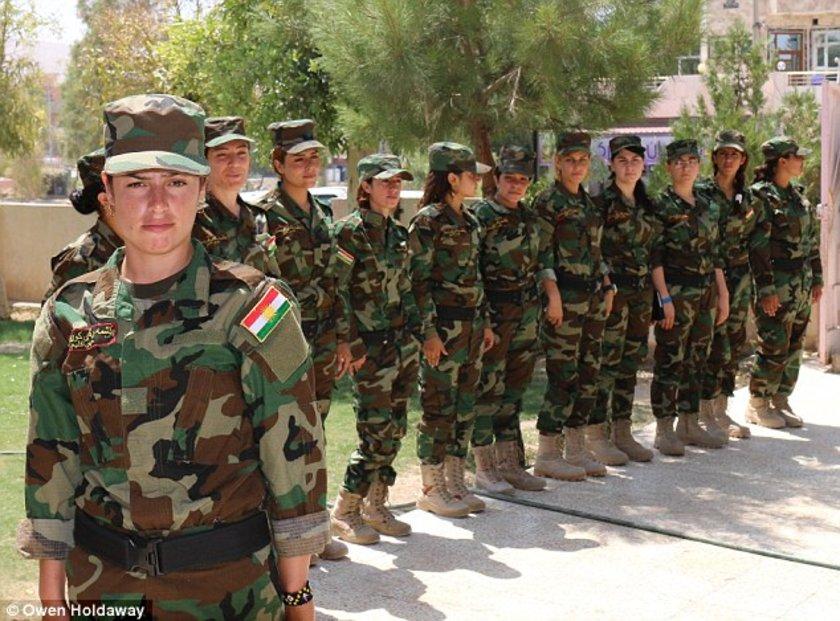 Geçen ay kurulan taburda, yaşları 17-30 arasında değişen 123 Ezidi kadın asker yer alıyor.