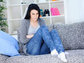 Tek başına hamileliği engelleme özelliği yoktur. Eğer adet geciktirici ilaçla birlikte doğum kontrol hapı kullanılıyorsa koruma sağlanabilir.