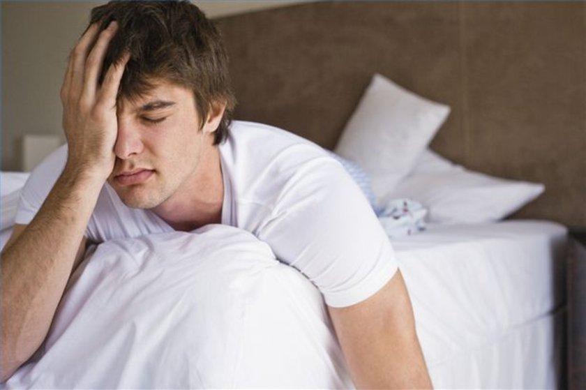 Ani nefes tıkanıklığı, gerçekçi halüsinasyonlar, ve kontrol dışı hareketlerde bulunma uyanıkken bile yeterince korkutucu olabilir. Bir de yıllar boyunca bu rahatsızlıkları her gece uykunuzda yaşadığınızı düşünün.\n