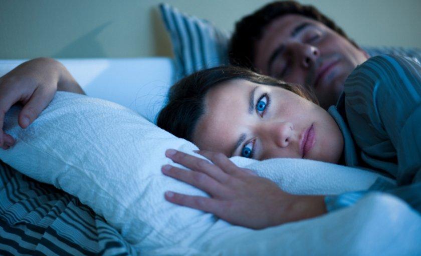 Listeye giren uyku bozuklukları konsantrasyon ve hafıza gibi kavramsal rahatsızlıklardan çok daha korkutucu. Bu uyku bozuklukları, tedavi ve meditasyona rağmen düzelmeme ihtimali olan medikal ve nörolojik hastalıklardır.