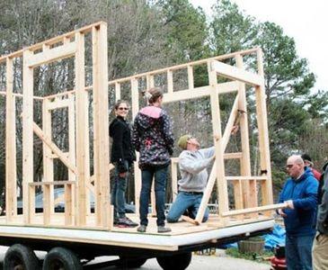 13 yaşında öyle bir ev inşa etti ki...