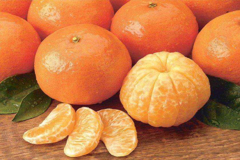 Kış mevsiminin vazgeçilmez meyvesi mandalina içeriğindeki vitamin ve mineraller sayesinde adeta bir sağlık deposu.