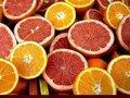 C vitaminin yanı sıra turunçgillerde A ve B vitaminleri, şeker, lif, potasyum, magnezyum, kalsiyum, demir, fosfor, folik asit ve bakır gibi mineraller de bulunuyor.