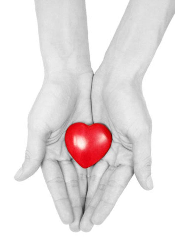 18 yaş ve üzeri akli dengesi yerinde olan herkes organ bağışlayabiliyor.