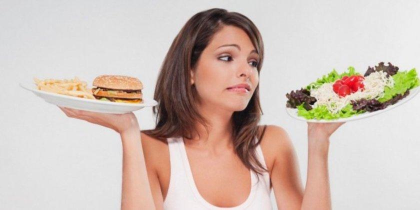 Ancak, bu tarz gıda alımlarınızı daha yavaş bir şekilde azaltmak ve her birinden tek tek vazgeçmeye ihtiyacınız olabilir.\n