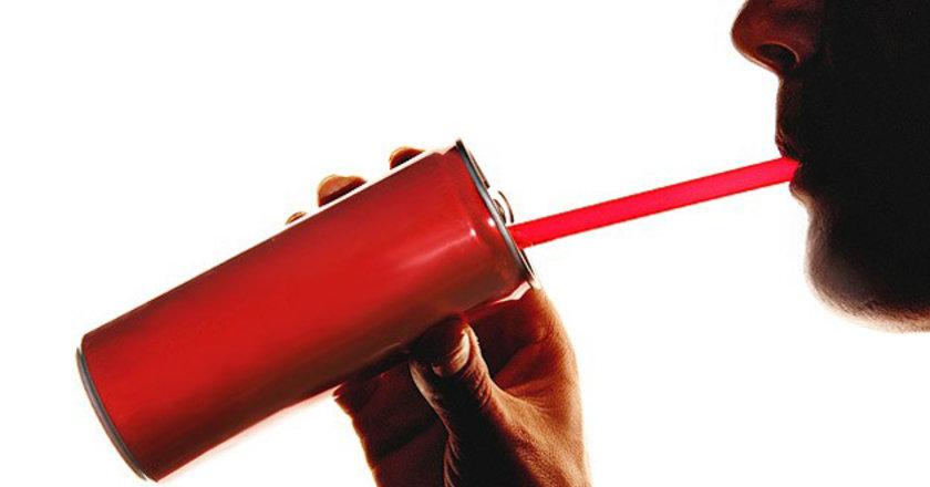Bu küçük bir miktar gibi gelebilir ancak çoğu insanın günde bir porsiyondan fazlasını içtiğini göz önünde bulundurun.
