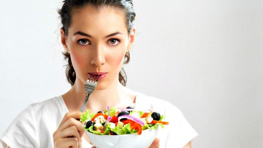 Çünkü artık zaten sağlıklı yemek alışkanlıkları kazanmış olursunuz ve fazla yemeye alıştığınız ürünler için alternatifler kullanmaya başlamışsınızdır