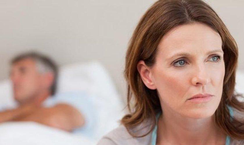 Etkili bir fertilite tedavisi yapılsa dahi 43 yaştan sonra hamile kalma oranı çok düşüktür.