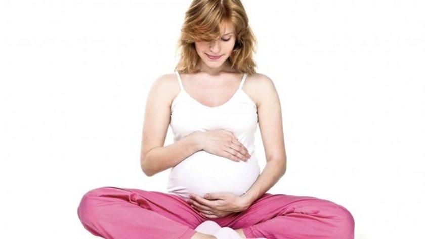 İnfertilite durumlarının yaklaşık yüzde 10'u tam blokaj veya tüplerin tıkalı ya da hasarlı olması sonucunda normal fonksiyon gösterememesine bağlı \