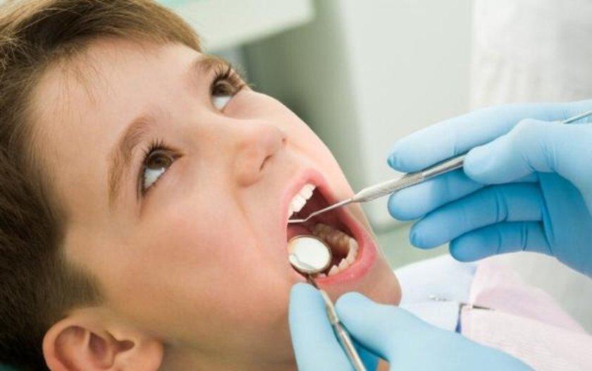 Amerikan Periodontoloji Akademisi Başkanı Diş Hekimi Stuart Froum,