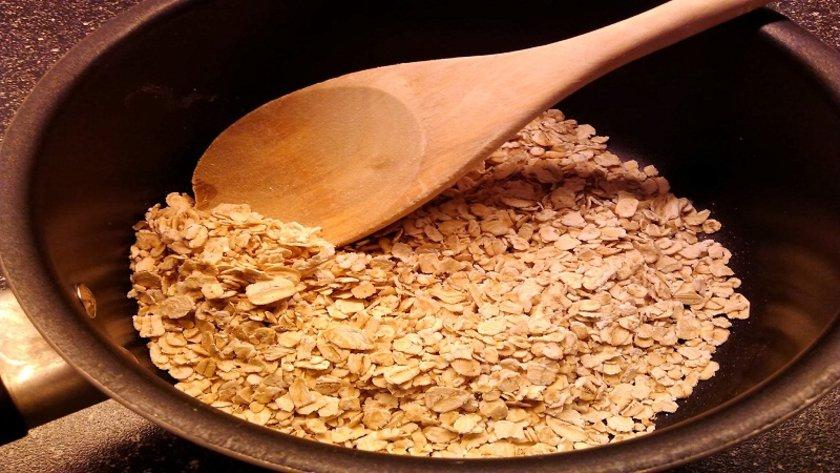 Yulaf ezmesi, arpa, tam buğday ve kinoa gibi tahıllar beynin yakıt enerjisini sağlayan iyi karbonhidratlardır.