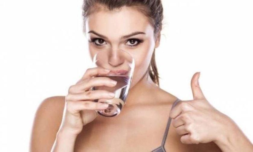 <b> Su: </b><br> Büyük bir bardak su için.