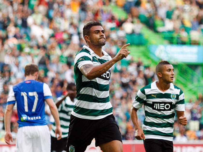 Mauricio <br> \nSporting Lizbon'dan Lazio'ya *Kiralık*