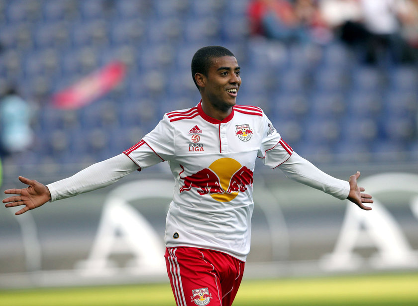 Alan Carvalho <br> \nSalzburg'dan Guangzhou Evergrande'ye (11 milyon Euro)\n