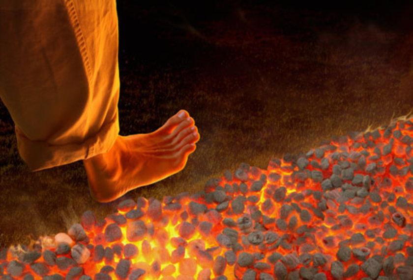 Hızlı yürümek ya da yokuş yukarı yürümek gibi bacak kaslarının daha fazla kan akımına ihtiyaç duyduğu durumlar bacak ağrısının çok daha erken ağrı yapmasına neden olur.