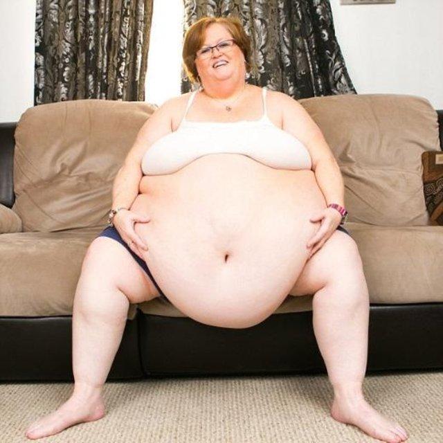 Фото голых женщин с большим влагалищем
