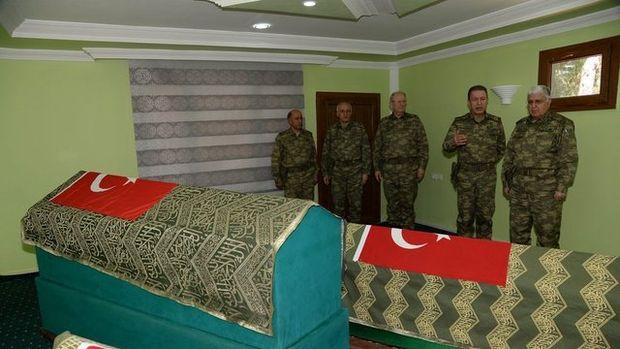 Süleyman Şah Saygı Karakolu'na sürpriz ziyaretçi