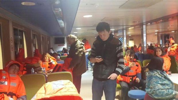 188 yolcu botlarla kurtarıldı!