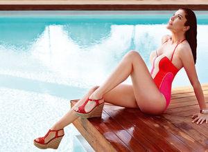 Deniz Akkaya'ya bu yıl bikini yok!