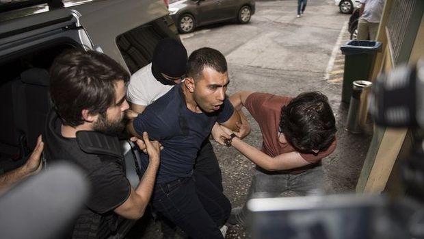 İstanbul'da terör operasyonundan ilk kareler
