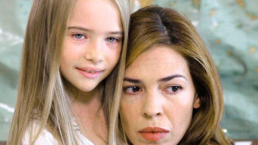 Sonra da dizi oyunculuğuna başladı. Henüz 8 yaşındayken rol aldığı Melek Kalbi sayesinde onu bütün Yunanistan tanındı.