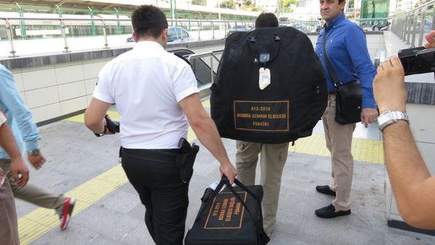 İstanbul metrosunda bomba alarmından kareler!