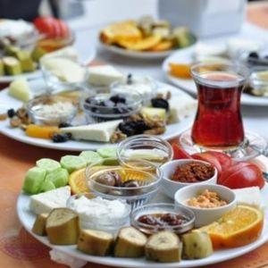 KURBAN BAYRAMINA ÖZEL BESLENME ÖNERİLERİ...