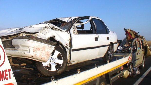 Niğde'de feci kaza: 13 kişi hayatını kaybetti!
