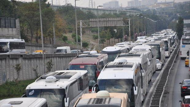 Bayram dönüşü trafik çilesi başladı...