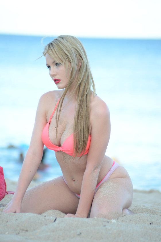 Rachel'in plaj keyfi