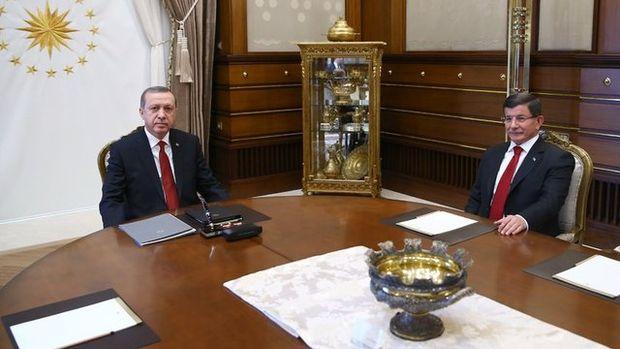 Erdoğan-Davutoğlu görüşmesinden kareler
