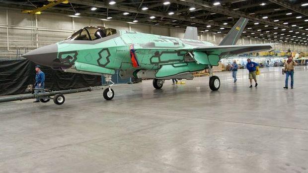 F-35'ler böyle üretiliyor...