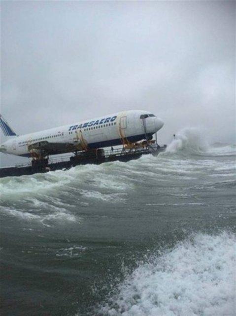 Dev uçağın zorlu yolculuğu!