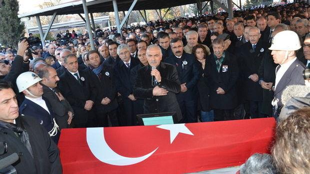 Kamer Genç için İstanbul'da tören düzenlendi