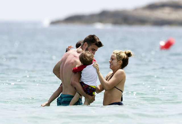 Shakira ve Pique Ibiza'da