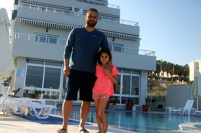 Hasan Şaş 5 yıldızlı otel açtı