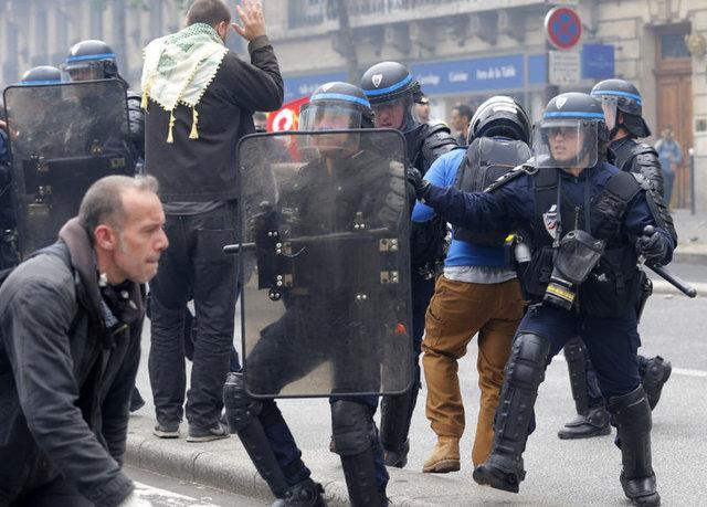 Fransa'daki eylemlerden kareler