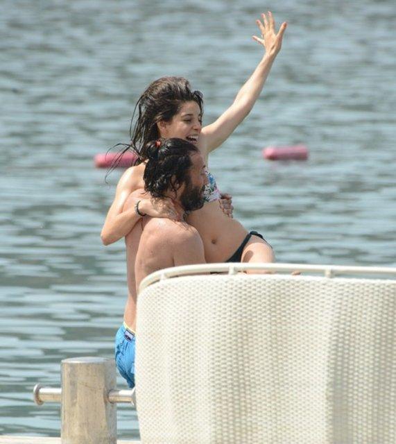 Elvin Levinler sevgilisi Bülent Kocamanoğlu ile tatilde